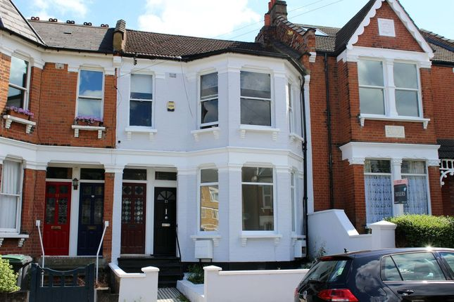 Thumbnail Flat to rent in Albert Road, London
