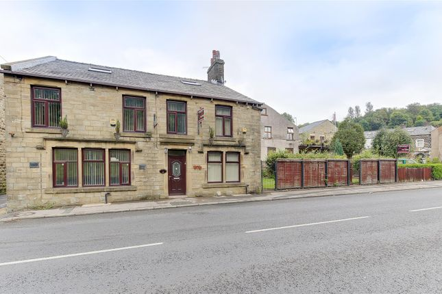 Thumbnail Detached house for sale in Bacup Road, Waterfoot, Rossendale