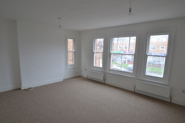 Thumbnail Flat to rent in Goring Road, Worthing, West Sussex