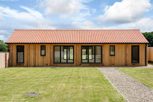 Cropton hall barns heydon norwich nr11 5 bedroom barn for New barns for sale