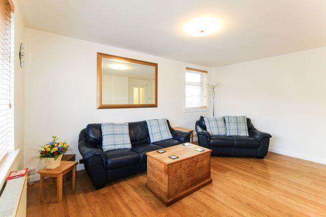 Lounge of Girdleness Road, Aberdeen AB11