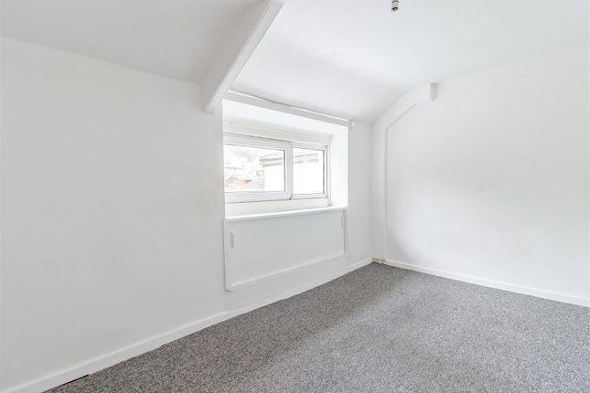 8403623-Interior01