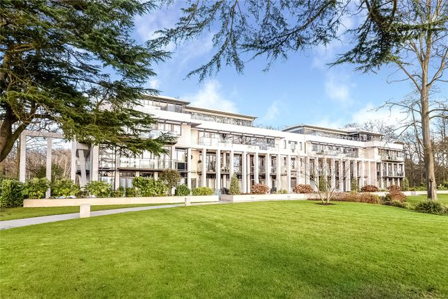Thumbnail Flat for sale in Charters Garden House, Charters Road, Ascot, Berkshire
