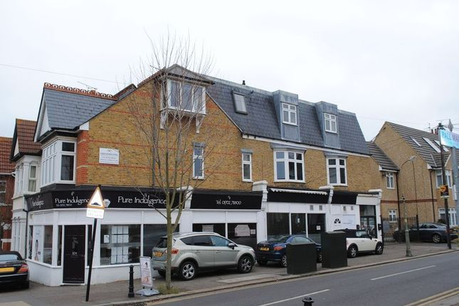 Thumbnail Flat to rent in Elm Road, Leigh-On-Sea