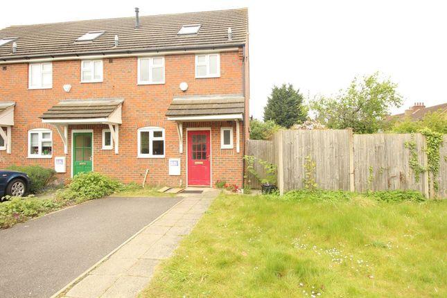 Thumbnail Property to rent in Gardenia Avenue, Luton