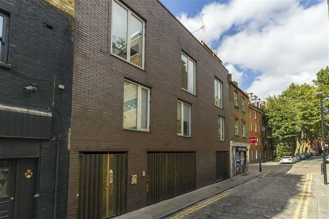Thumbnail Studio to rent in Chance Street, London