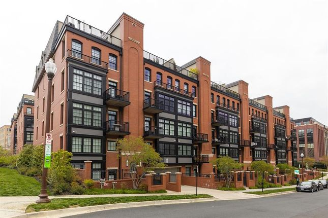 Thumbnail Property for sale in 1701 16th St N #352, Arlington, Virginia, 22209, United States Of America