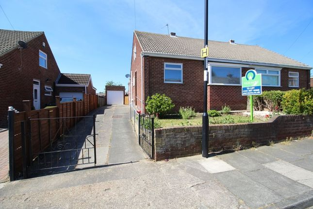 Thumbnail Bungalow to rent in Carlton Crescent, East Herrington, Sunderland