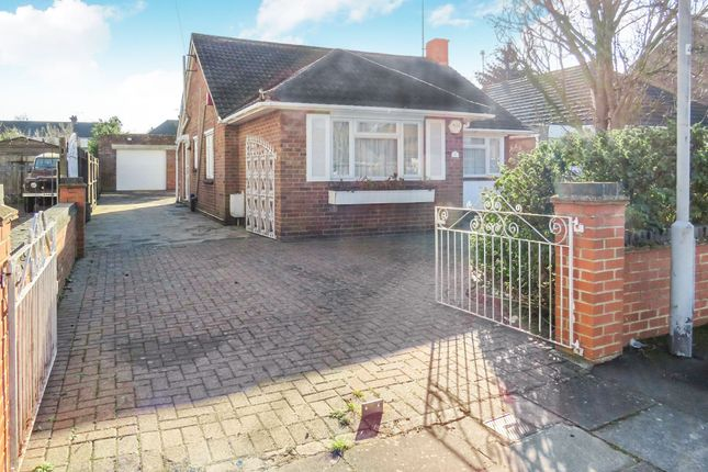 Thumbnail Detached bungalow for sale in Onslow Road, Luton