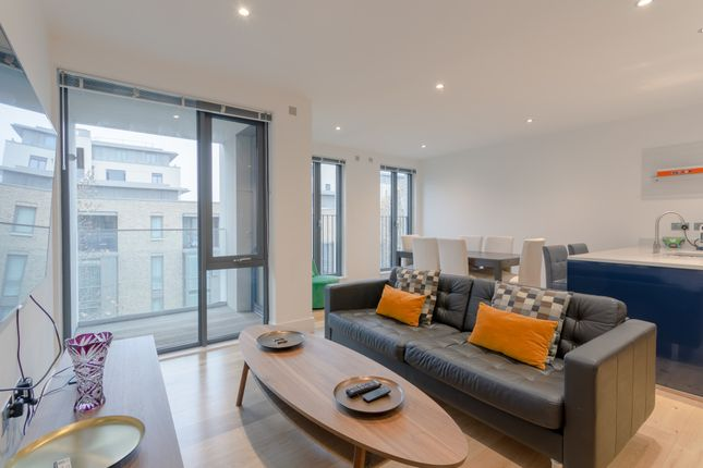 Thumbnail Terraced house to rent in Bonchurch Road, London