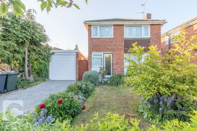 Thumbnail Detached house to rent in Henley Close, Neston, Cheshire