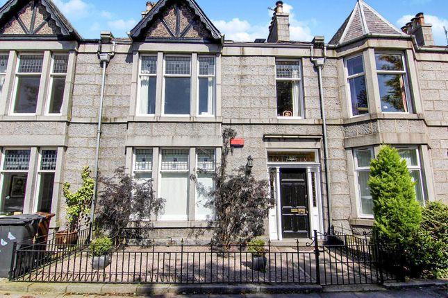 Thumbnail Flat for sale in Osborne Place, Aberdeen