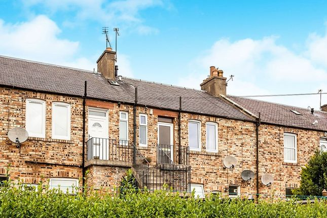Thumbnail Flat for sale in Lothian Street, Bonnyrigg