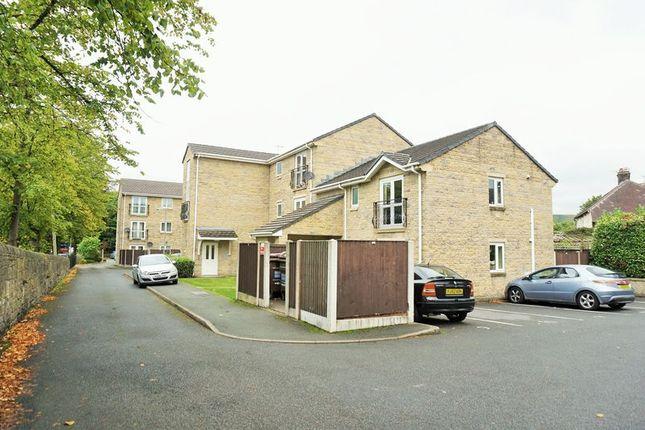 Thumbnail 2 bedroom flat for sale in Hayfield Road, Chapel-En-Le-Frith, High Peak