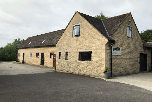 Thumbnail Office to let in Woodgrove Farm Estates, Fulbrook, Nr Burford