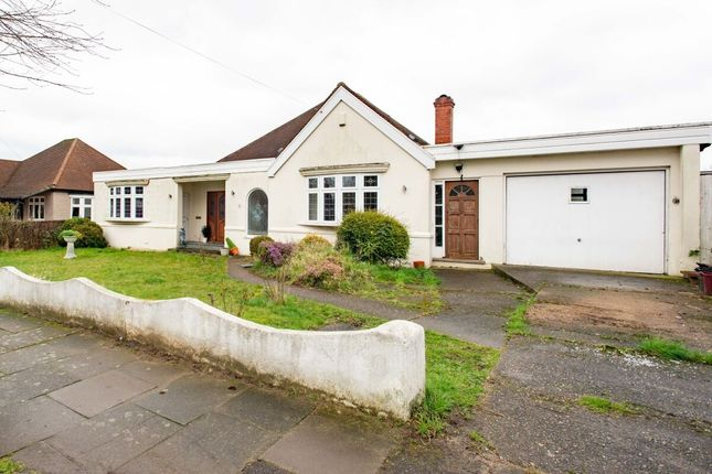 Thumbnail Bungalow for sale in Rutland Avenue, Sidcup