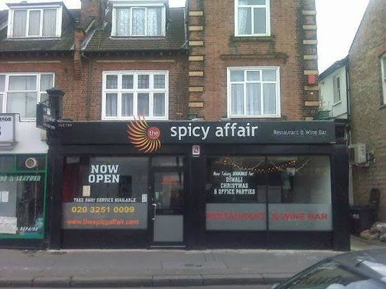 Restaurant/cafe for sale in Cherry Orchard Road, Croydon
