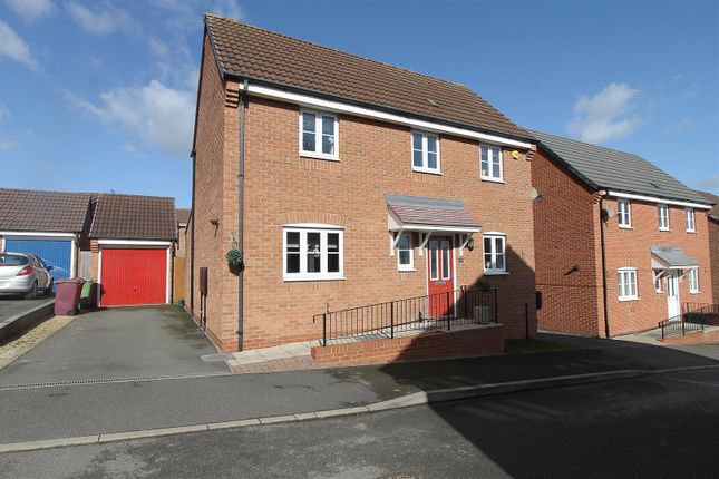Thumbnail Detached house for sale in Brackenfield Close, Grassmoor, Chesterfield