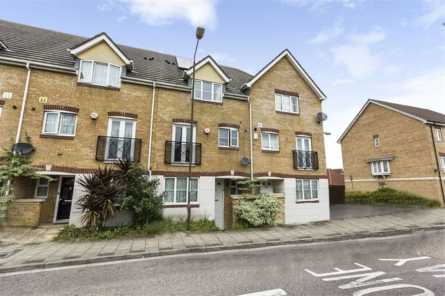 Thumbnail Terraced house for sale in Battery Road, London