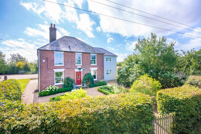 Thumbnail Country house for sale in Stalisfield Road, Stalisfield