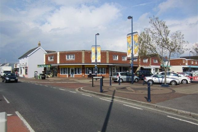 Thumbnail Flat to rent in Mengham Road, Hayling Island