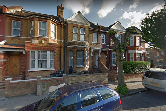 Thumbnail Terraced house for sale in Braydon Road, London