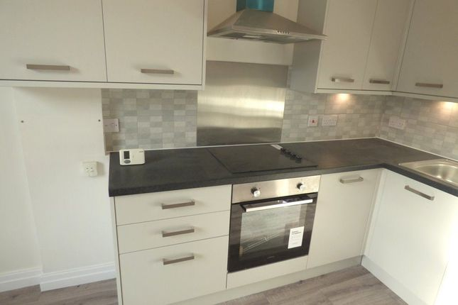 Thumbnail Flat to rent in Marsland Road, Sale