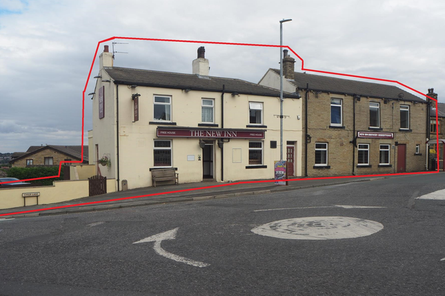 Thumbnail Pub/bar for sale in Licenced Trade, Pubs & Clubs WF15, West Yorkshire