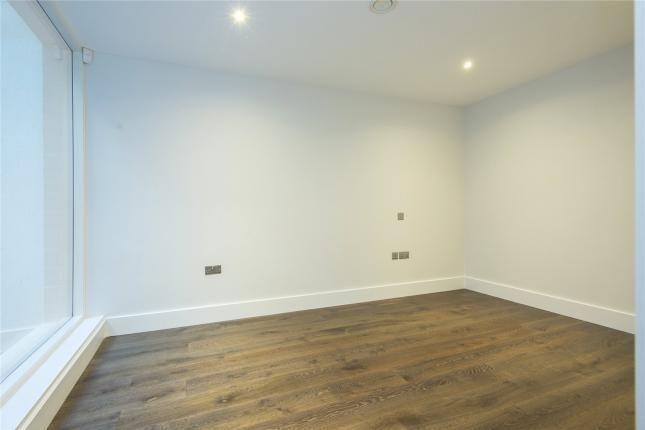 Room 2 of Downham Road, London N1