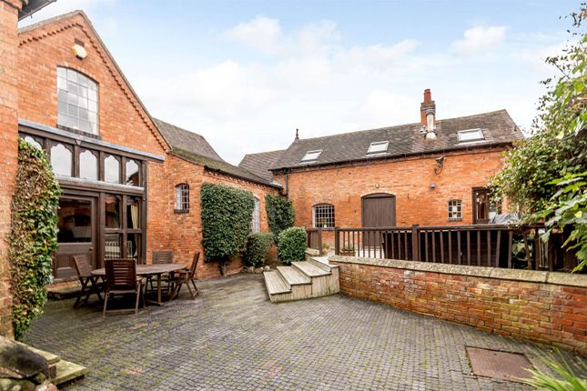 Thumbnail Barn conversion for sale in Holyoakes Lane, Bentley, Nr Bromsgrove, Worcestershire