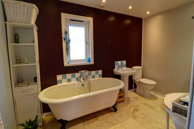Family Bathroom of Jubilee Park, Letham, Forfar DD8