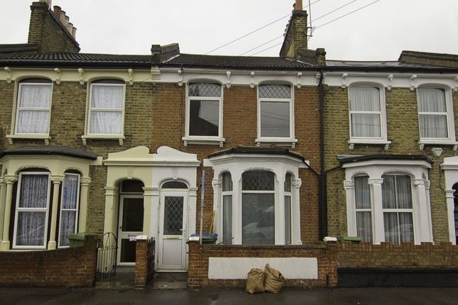 Thumbnail Terraced house to rent in Fenham Road, London