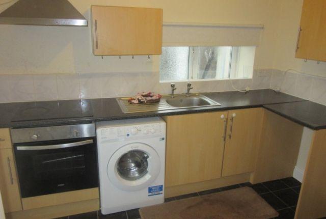 Thumbnail Property to rent in Flat 2, Mansel Street, Swansea.