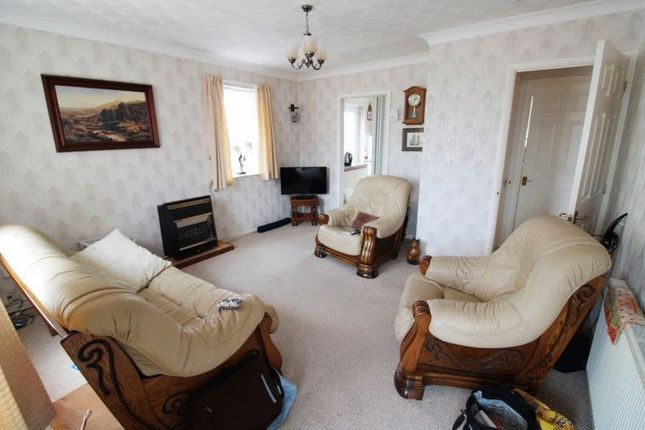 2 bed semi-detached bungalow for sale in Rosedale Gardens