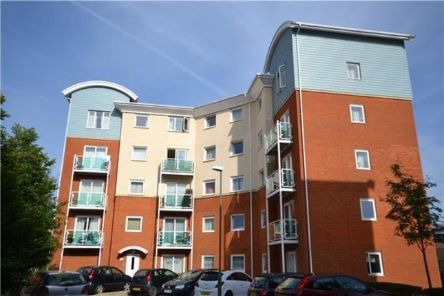 Thumbnail Flat to rent in Reynolds Avenue, Redhill
