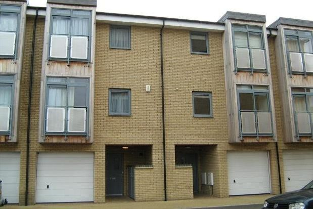 Thumbnail Town house to rent in Rustat Avenue, Cambridge
