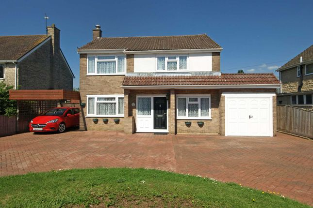3 bed detached house for sale in Kingsclere Road, Bicester