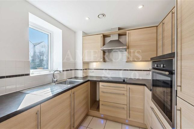 Thumbnail Property for sale in Springhill House, London