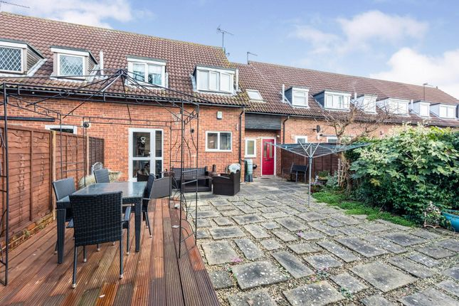 Thumbnail Terraced house for sale in Bennetts Close, Slough