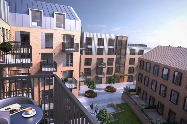 Thumbnail Flat for sale in Leigh St, High Wycombe