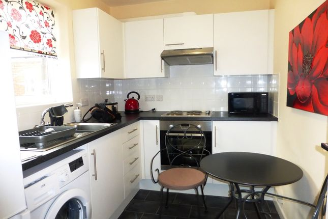 Thumbnail Flat to rent in Field Place Parade, The Strand, Goring-By-Sea, Worthing