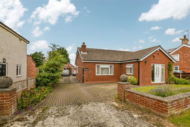 Thumbnail Bungalow for sale in Chapel Street, Amcotts, Scunthorpe
