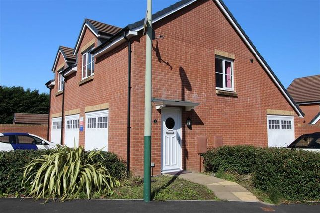 Thumbnail Flat to rent in Waun Draw, Caerphilly