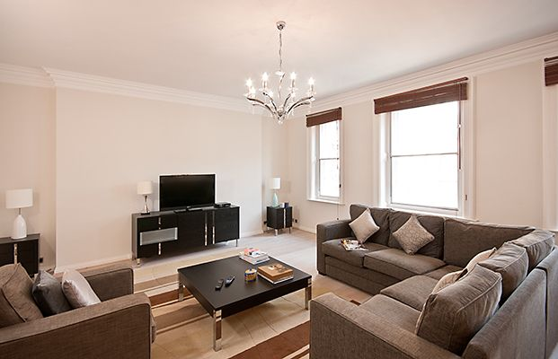 Thumbnail Flat to rent in Stratton Street, London, Mayfair