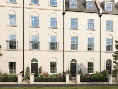 Thumbnail Town house for sale in Haye Road, Plymouth, Devon
