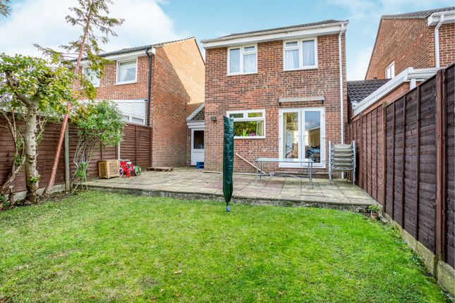 3 bed link-detached house to rent in Reedmace Close, Waterlooville PO7