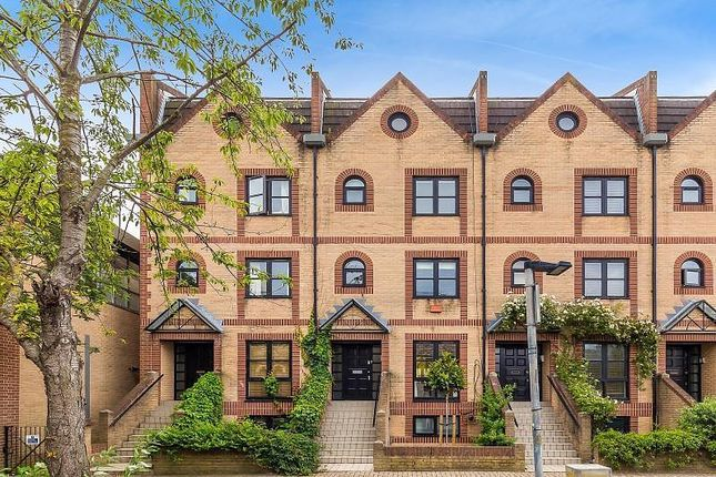 Thumbnail 5 bedroom property for sale in Chancellors Wharf, Hammersmith