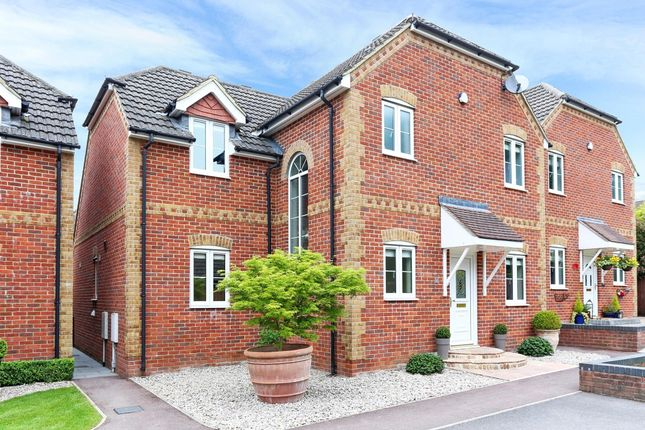Thumbnail Detached house to rent in Liphook Road, Whitehill, Bordon