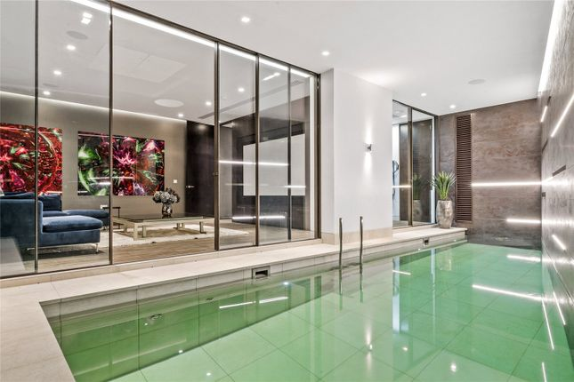 Thumbnail Terraced house for sale in Westbourne Grove Mews, Notting Hill, London