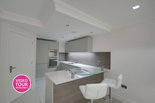 Thumbnail Flat for sale in St. Saviours Place, York